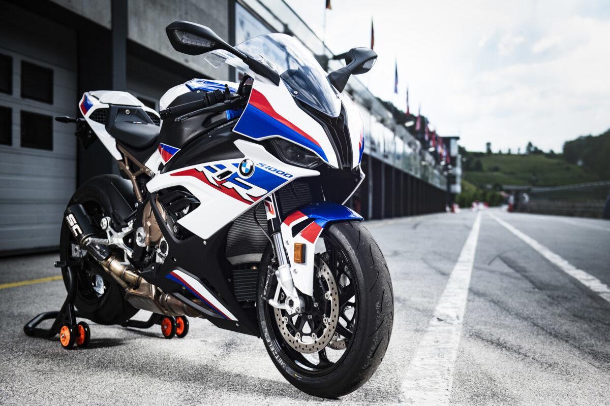WP presentó un nuevo kit de suspensiones para la BMW S 1000 RR