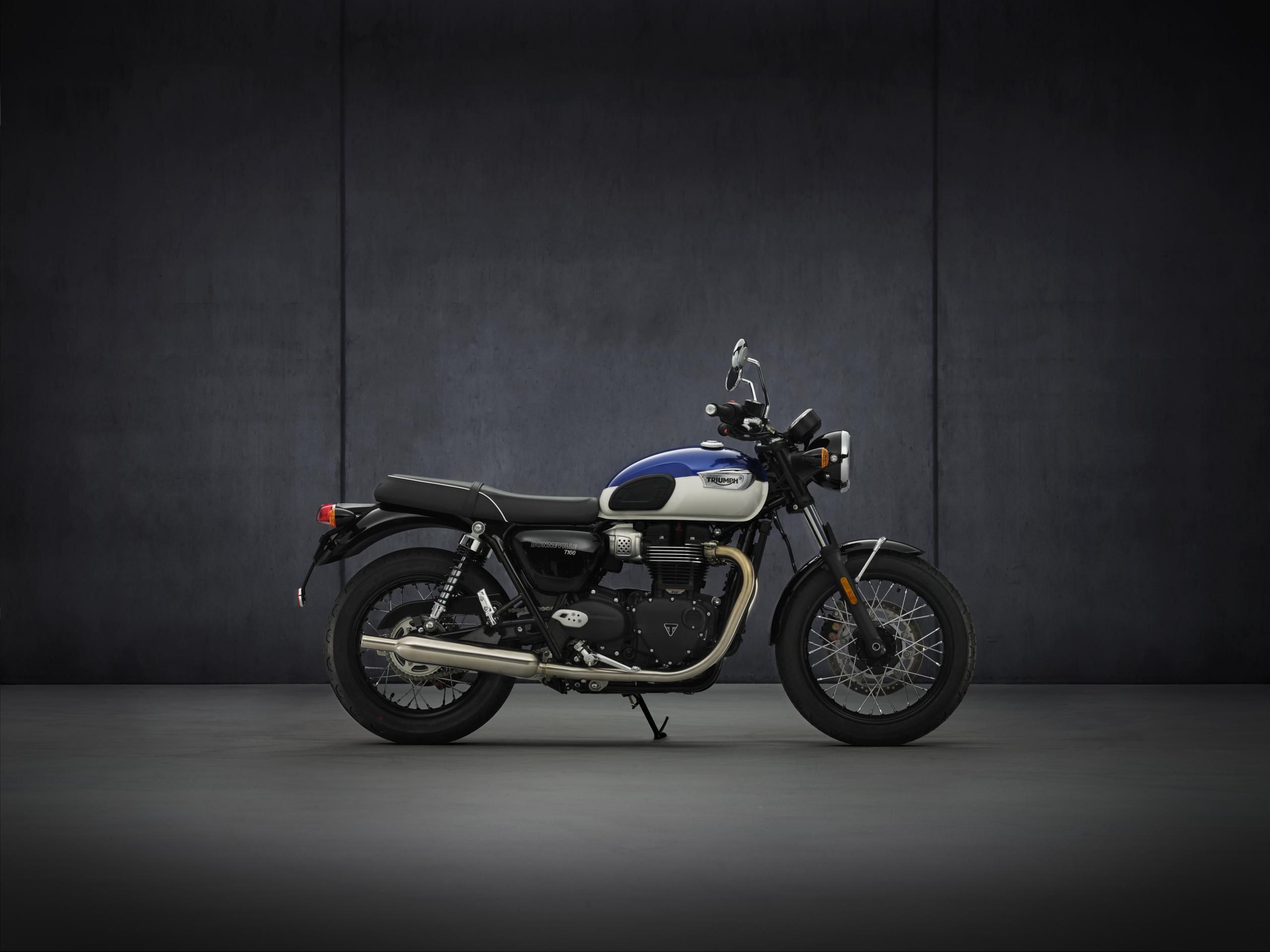 Triumph Bonneville T100 Hero 2021