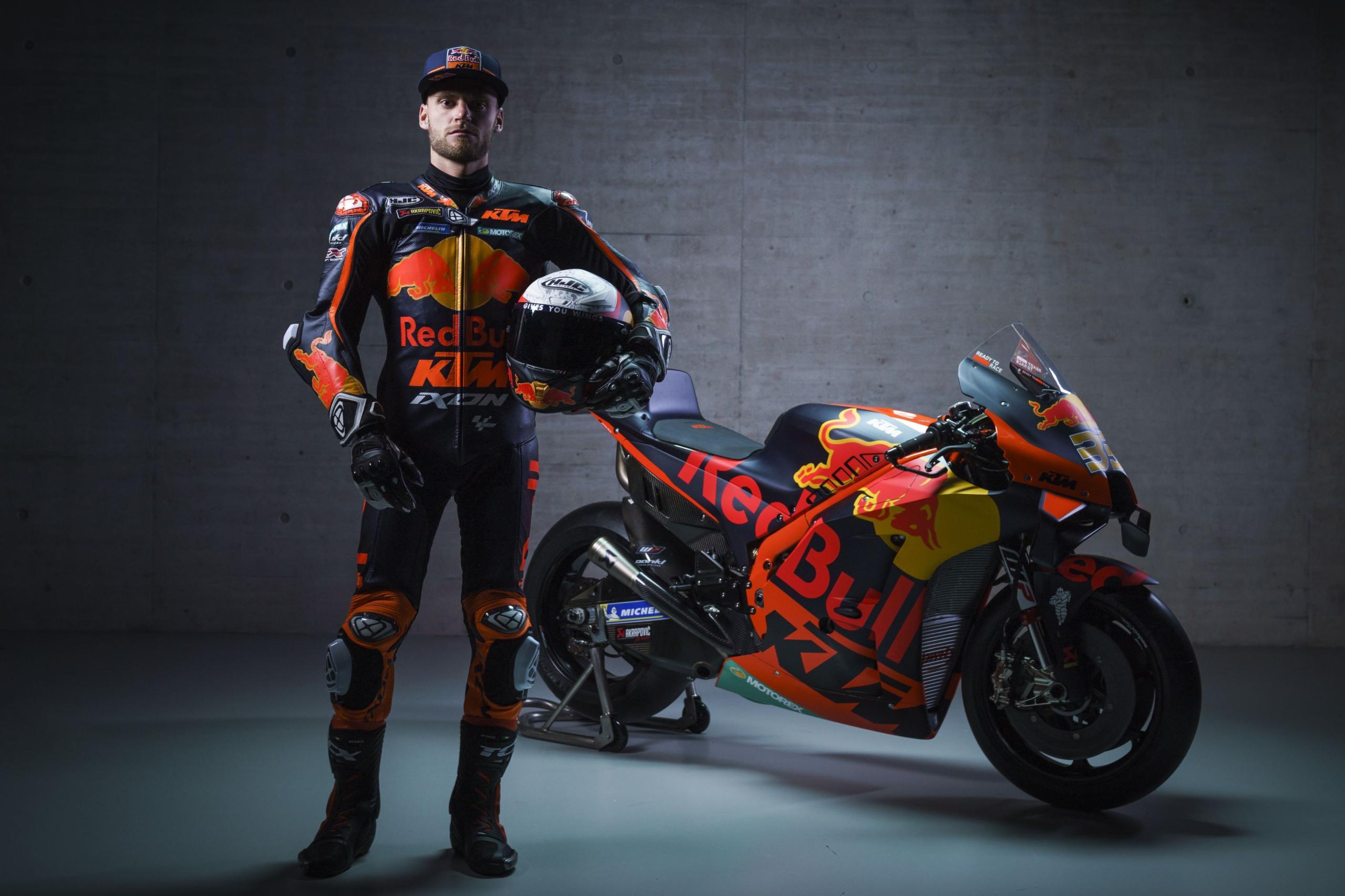Brad Binder en la presentación de la KTM RC16 2012