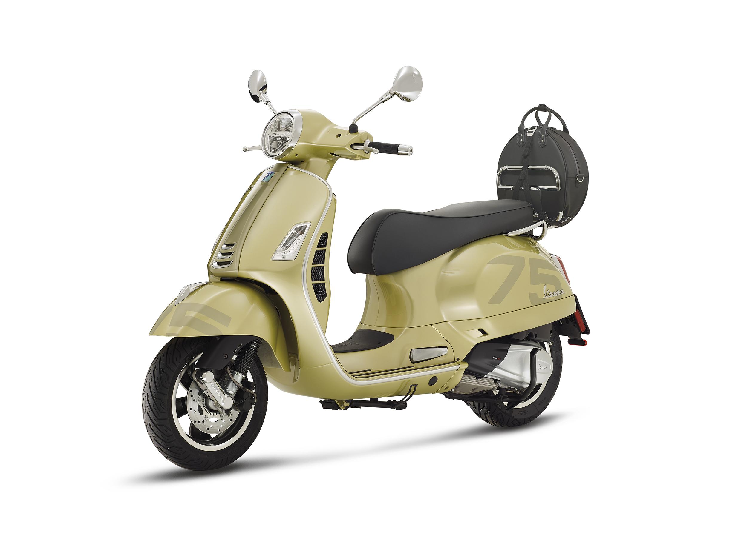 Vespa celebra sus 75 años de vida con 19 millones de motos fabricadas