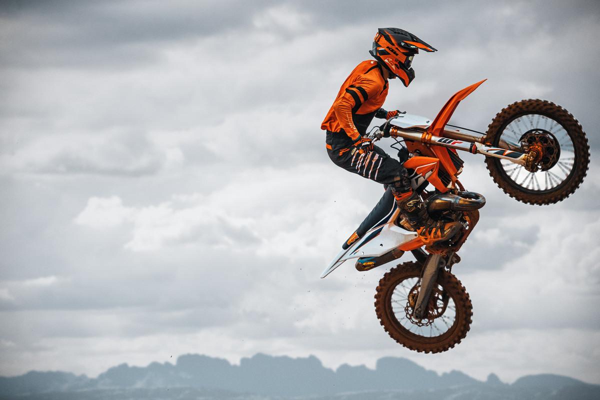 KTM actualizó su gama de Motocross para el 2022