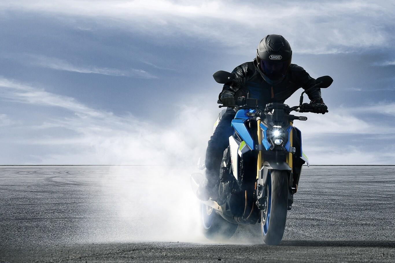 Suzuki GSX-S1000: agresividad y potencia para este 2021